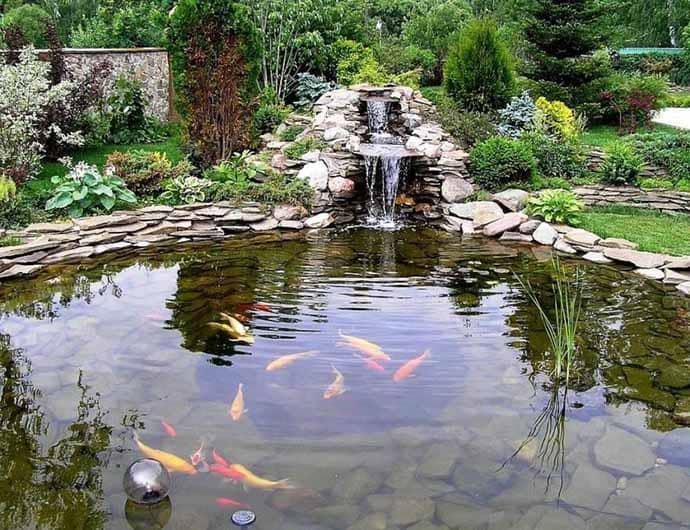 фонтан на даче, водопад